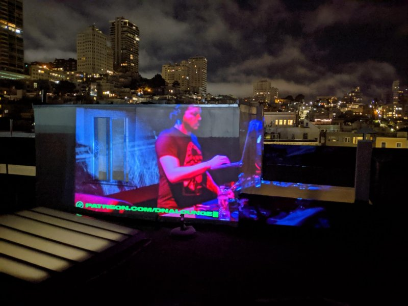 @TheDeathGuild live from @dnalounge projecting in North Beach